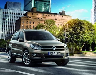 VOLKSWAGEN Tiguan 2.0 TDI 140ch BlueMotion Technology FAP Sportline 4Motion