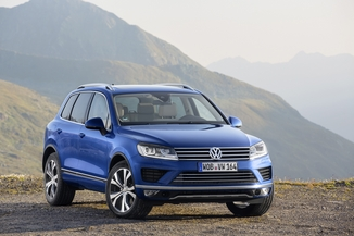 VOLKSWAGEN Touareg Génération II Phase 2 3.0 V6 TDI 262ch BlueMotion Technology Carat Edition 4Motion Tiptronic