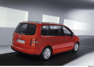 fiche technique volkswagen touran 1 9 tdi 105ch confort l 39. Black Bedroom Furniture Sets. Home Design Ideas