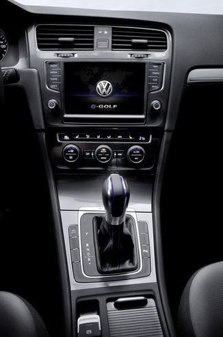 fiche technique volkswagen e golf vii 115ch 5p l 39. Black Bedroom Furniture Sets. Home Design Ideas