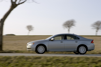 Volvo S80 IID5 185 Executive Geartronic (09-2006)