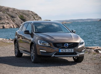 VOLVO V60 Cross Country D4 190ch Luxe Geartronic