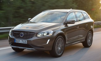 fiche technique volvo xc60 d4 awd 163ch r design geartronic l 39. Black Bedroom Furniture Sets. Home Design Ideas